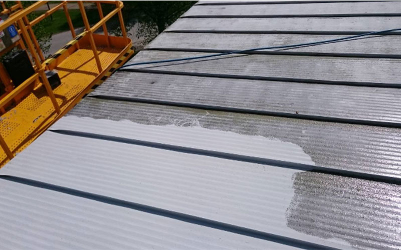 Pressure Washing Colorbond Roof