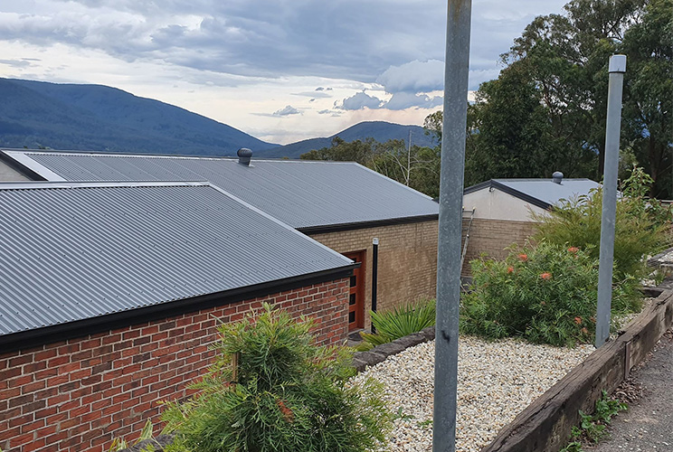 Colorbond vs Heat Reflective Roof Paint