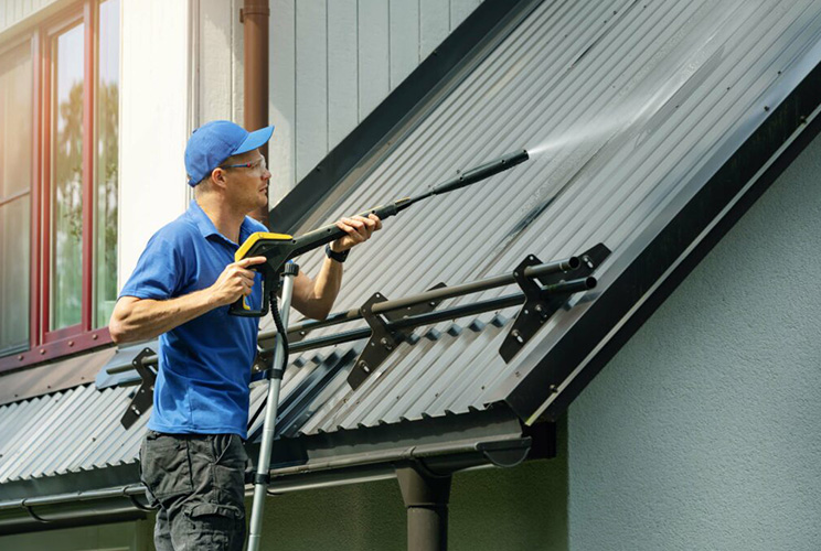 Metal Roof Restoration - Cleaning Process