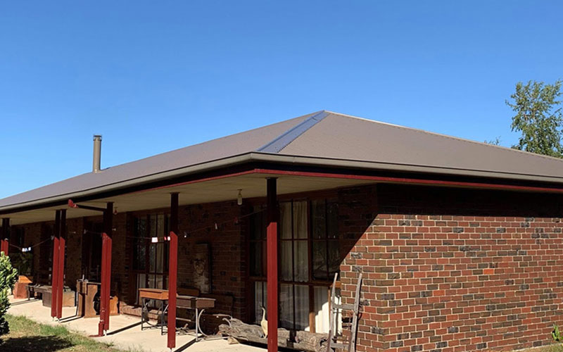 Brown Metal Roof Colour